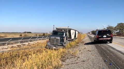 Tractor trailer Highway 401