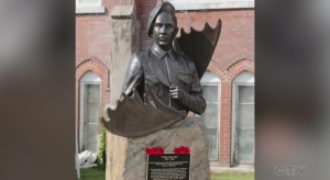 A northeastern Ontario artist has unveiled a life-sized bronze sculpture of the first woman to work at sea as a wireless radio operator.