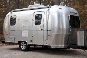 The Airstream ad seemed too good to be true.