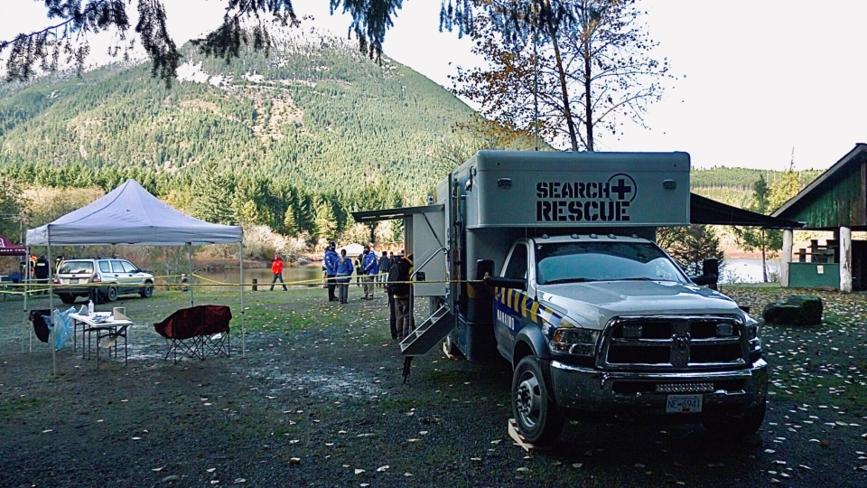 Search and rescue teams and RCMP are looking for the missing couple in the Nanaimo Lakes area: (CTV News)