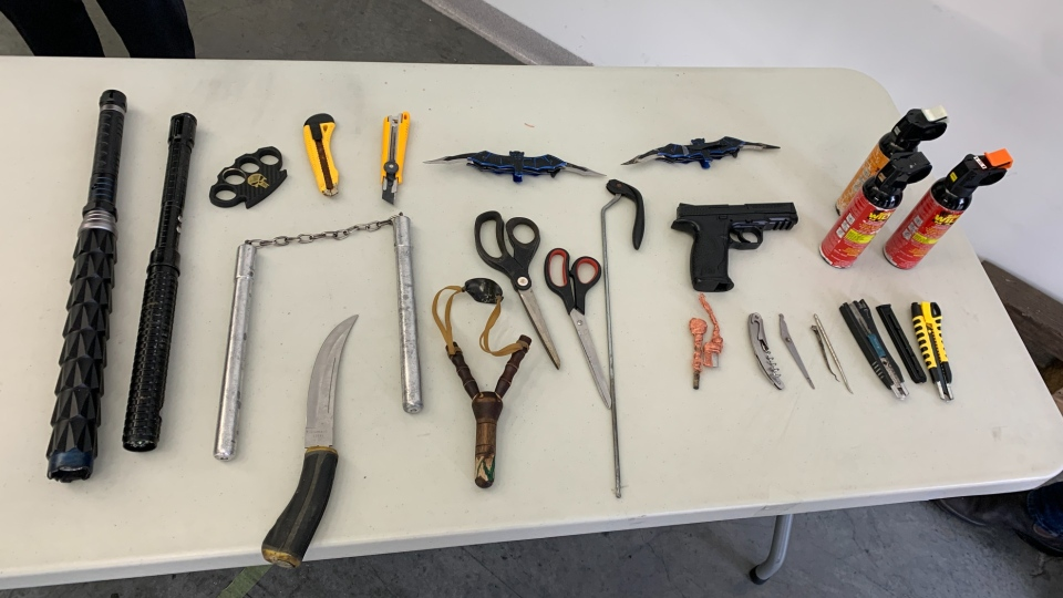 Vancouver police NRT weapons