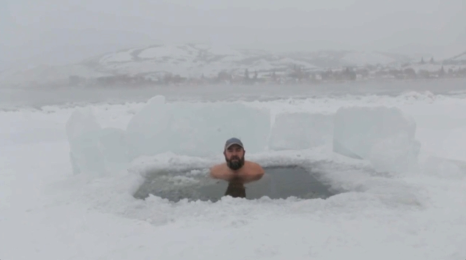 Alberta's John Mark Earle is making a name for himself around the world with his daily ice baths.