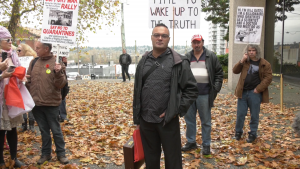 Makhan Singh Parhar speaks to media outside a Vancouver, B.C., courthouse on Monday, Nov. 16, 2020.