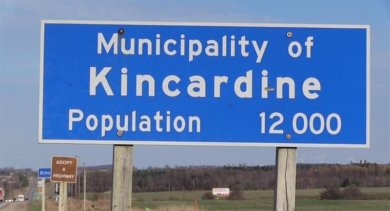 A sign for Kincardine, Ont. is seen Thursday, Nov. 19, 2020. (Scott Miller / CTV News)