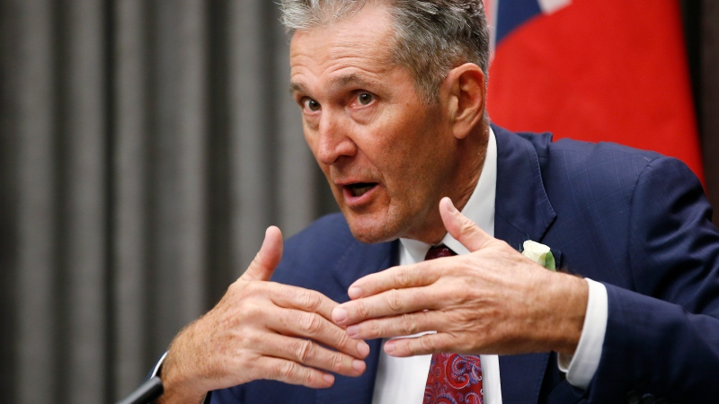 Pallister to rule-breakers: 'Get on the team'