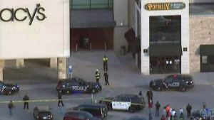 Police presence outside Wisconsin shopping mall