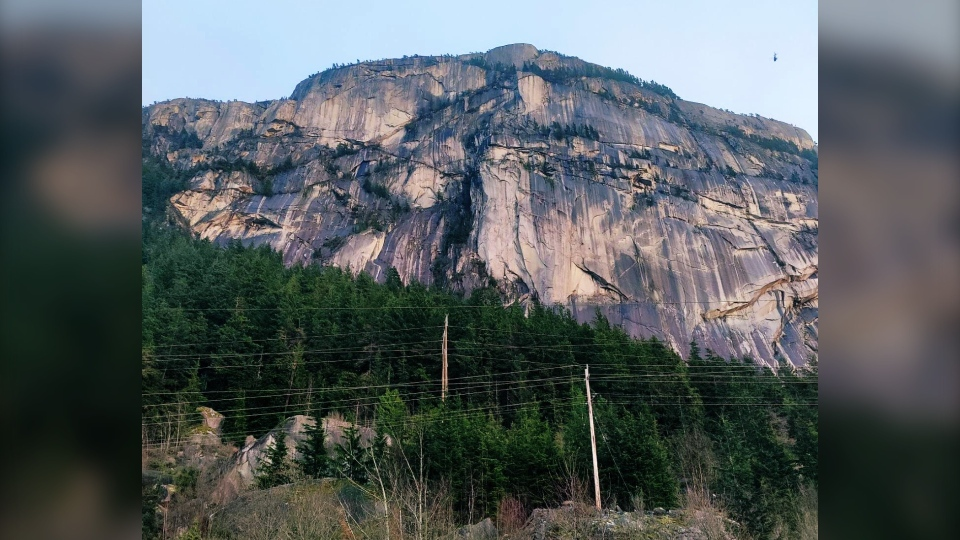 Stawamus Chief rescue