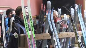 Club members corralled cars around the property and allowed two sets of clients at a time inside the chalet to purchase skis. Nov. 21/20 (Sergio Arangio/CTV News Northern Ontario)