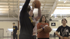 'EJ Ballers,' a new basketball program put together by the coach of Algoma University Men's Basketball Team, has partnered with the Indian Friendship Centre, giving Indigenous kids the opportunity to learn new skills, on and off the court. Nov. 22/20 (Christian D'Avino/CTV News Northern Ontario)