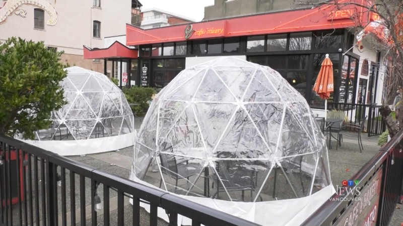 Cafe creates pods for distanced dining