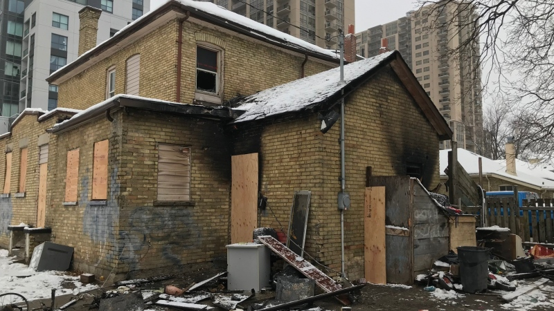 Five were injured in a fire at a home at the corner of Lyle and King Street. (Sean Irvine / CTV London)
