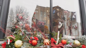 Quebecers are being urged to shop local this holiday season to save small businesses from the COVID-19 pandemic.