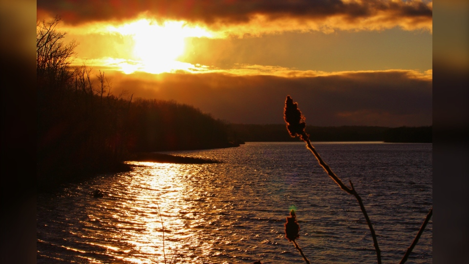 A photo of a sunset on the Ottawa River. (Photo courtesy of Greg Scriver)