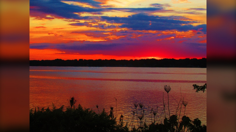 A colourful sunset on the Ottawa River. (Photo courtesy of Greg Scriver)