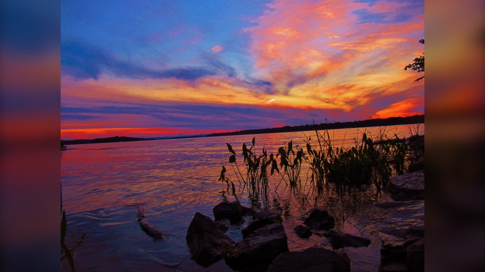 A colourful sunset along the Ottawa River. (Photo courtesy of Greg Scriver)
