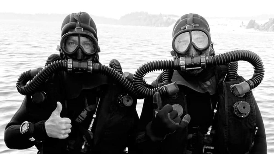 CCDA (Canadian Clearance Diver Apparatus), a shallow water rebreather, is seen in this undated image. (Source: Jeff Haskins)