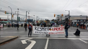 Indigenous land defenders shut down major intersection and port access in Vancouver