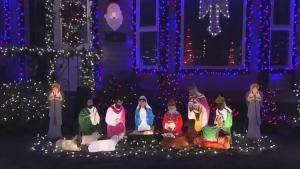 Push for curfew on Christmas lights