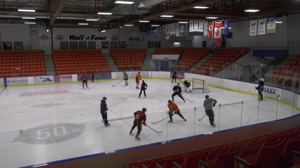 Max Bell, Calgary Canucks, AJHL