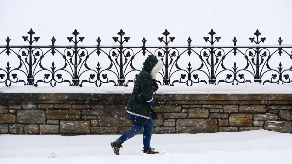 Snow in downtown Ottawa