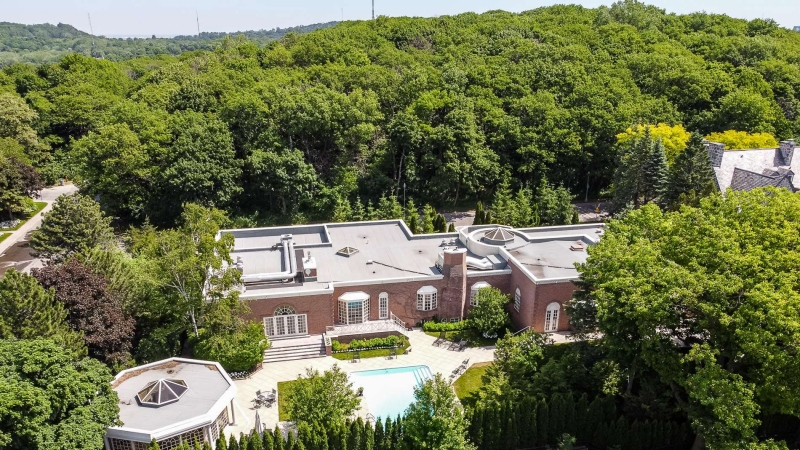 The home of former Canadian Senator Leo Kolber, that sits atop Mount Royal, has just been sold. It was listed at $15 million. Photo by Francis Lhotelin