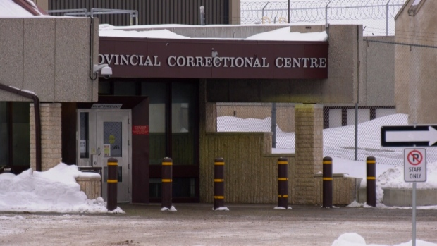 'Everybody's coughing': Saskatoon inmates say COVID-19 cases weren't moved out of crowded unit