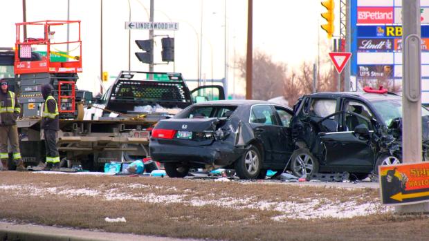A multi-vehicle crash has shut down parts of Kenaston Boulevard. (CTV News Photo Glenn Pismenny)
