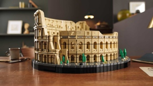 The Colosseum is the largest Lego brick set ever, the company says.The Colosseum is the largest Lego brick set ever, the company says. (From LEGO via CNN)