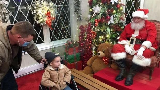 Santa's House opens in London's Victoria Park
