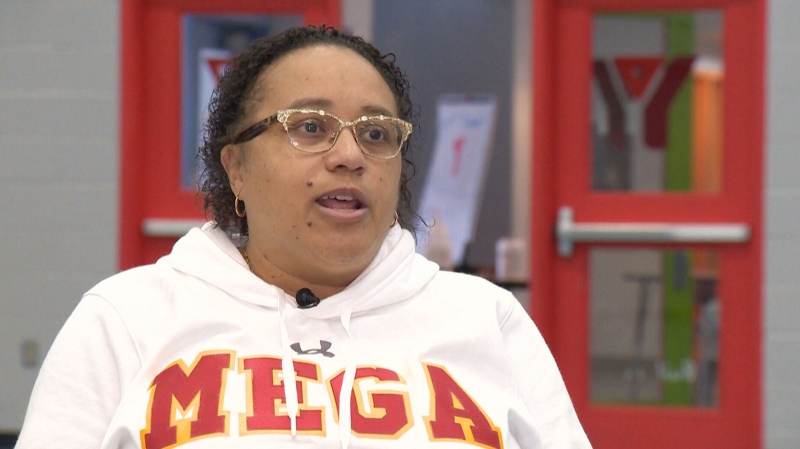Basketball coach Lezlie States speaks with CTV News about her work to educate her team on racial justice.