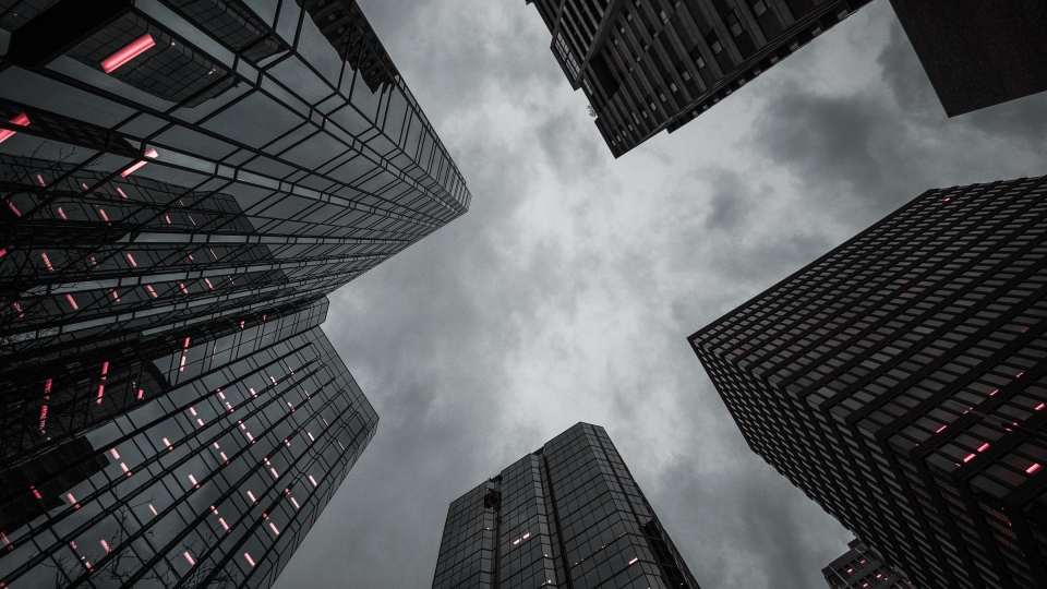 Cloudy gray skies in downtown Ottawa. (Photo by Marc-Olivier Jodoin on Unsplash)