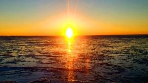 Sunset on Lake Manitoba after ice fishing. Photo by Jackie Grundy.