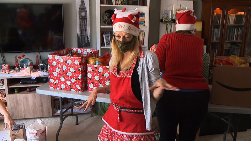 Jamie Webster using her last few months to spread some holiday cheer by handing out hampers full of items to those in need in her neighbourhood.