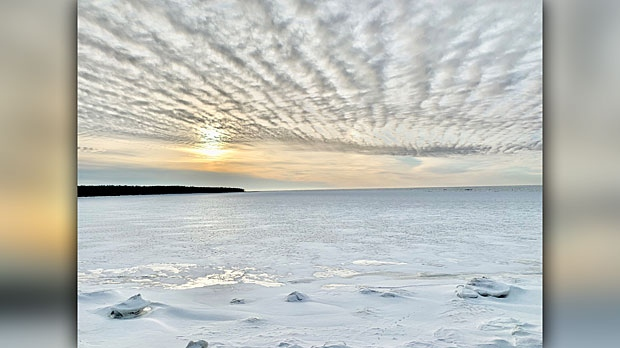 Hillside Beach, Lake Winnipeg. Photo by Liz Duerksen.