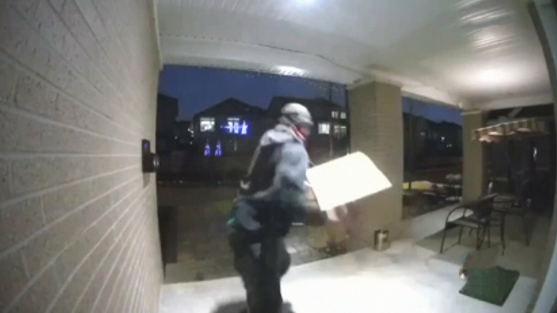 'Porch pirates' strike Kanata