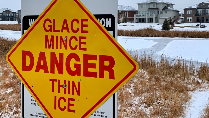 City officials are warning that trespassing on retention pond ice such as this one behind 59 Bridge Lake Dr. is prohibited and dangerous. (Image: Scott Andersson/CTV News)