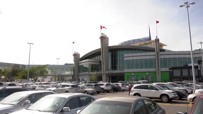 Letters sent to retailers from CF Chinook Centre officials indicated there were at least 22 positive COVID-19 cases reported at the mall this fall. (file)