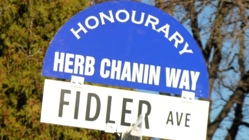 Second World War veteran Herb Chanin had a Winnipeg street named after him.