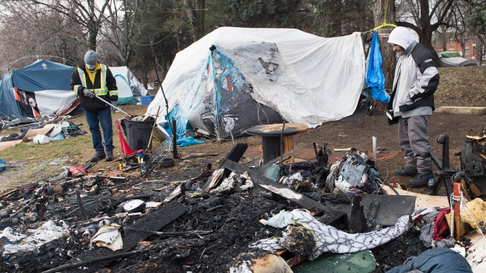 Fire at tent city in Hochelaga