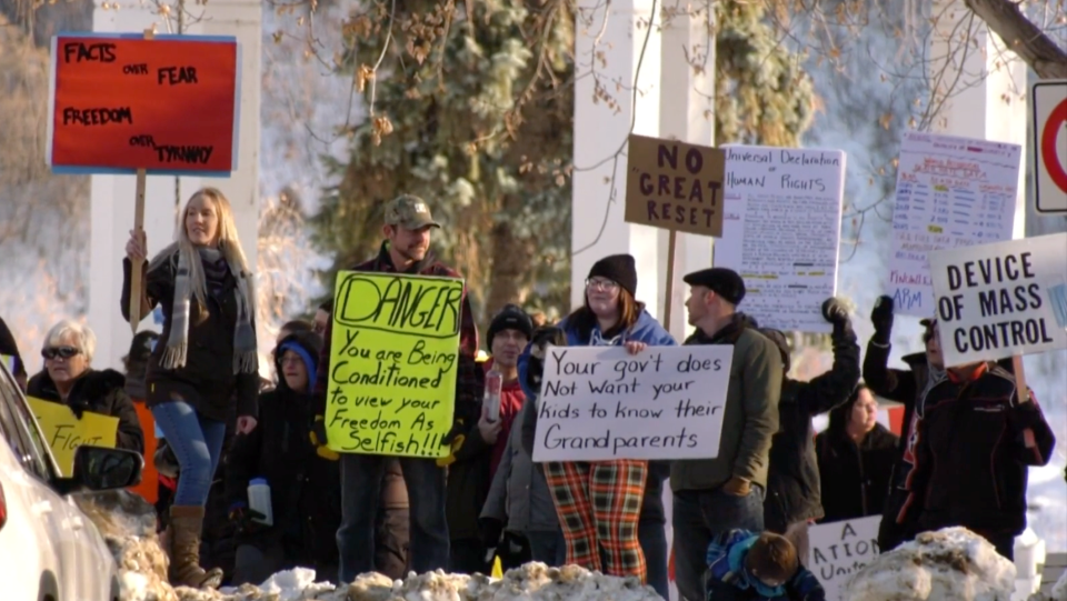 People against the government's response to COVID-19 gathered in front of Saskatoon's Vimy Memorial on Dec. 5. Andrew Mareschal/CTV News