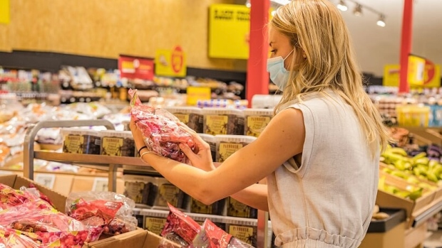 Image of article 'How an Ontario woman is helping families put food on the table over the holidays'