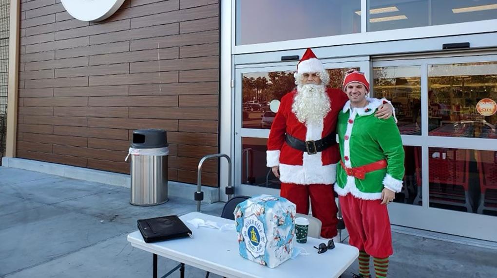 Ho, Ho, Hold It! Undercover Santa, Elf Tell Suspects