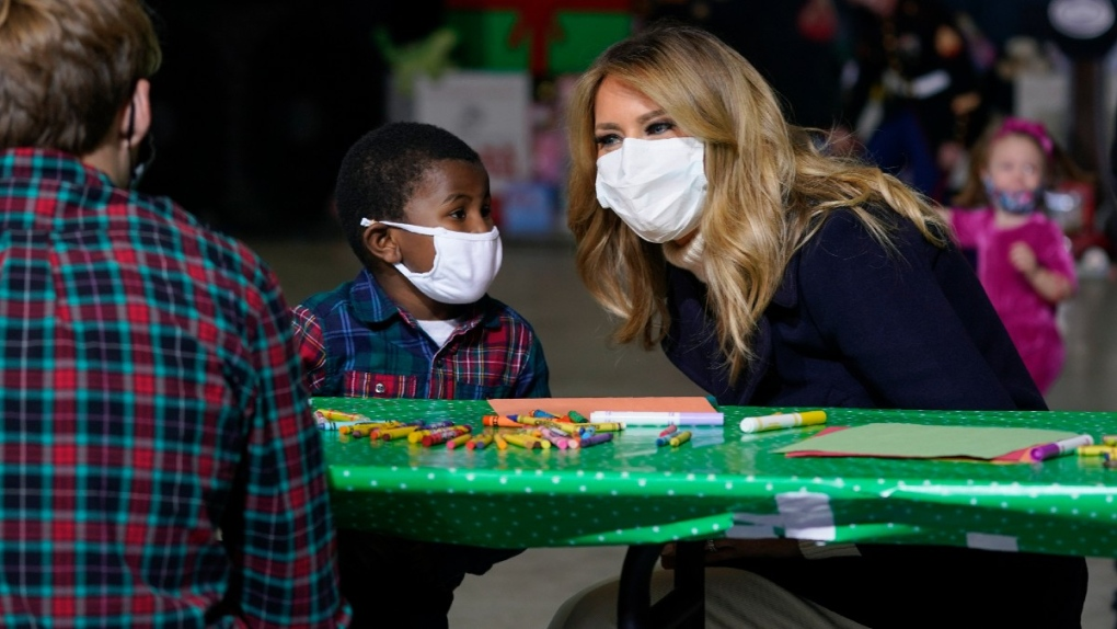 Melania Trump flouts children's hospital policy by taking her mask off