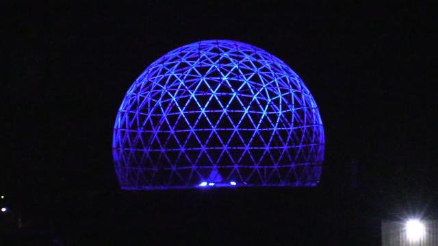 Illuminated Radome in Vanastra Ont. (Scott Miller/CTV London)