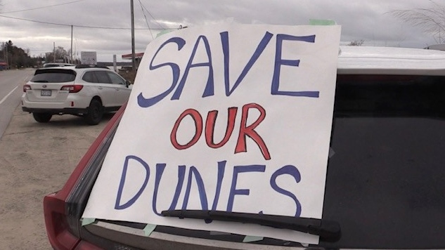 Save our dunes sign in Sauble Beach Ont. on Dec. 16, 2020. (Scott Miller/CTV London)