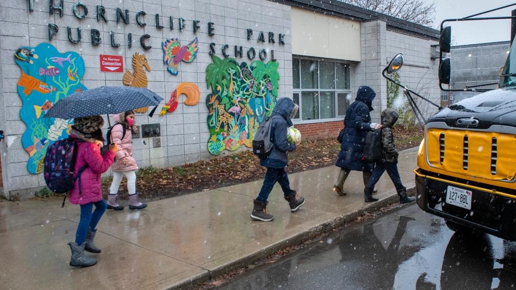 Ontario school, COVID-19