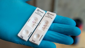 An Abbott Laboratories Panbio COVID- 19 Rapid Test device is displayed at a pop-up COVID-19 testing site on the Dalhousie University campus in Halifax on Wednesday, Nov. 25 2020. (THE CANADIAN PRESS/Andrew Vaughan)