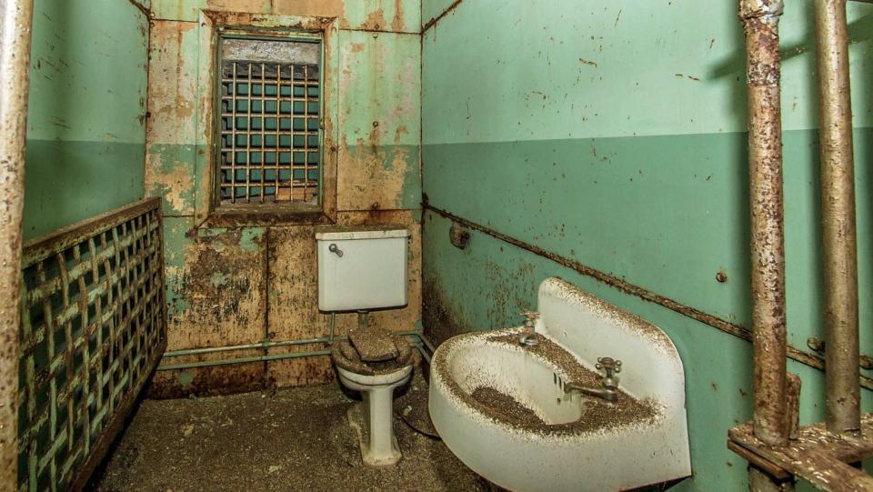 rumah penjara