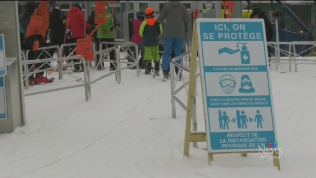 Ottawa's mayor urges skiers to avoid trips to Quebec hills during COVID-19 lockdown