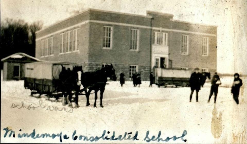 Old Mindemoya School2